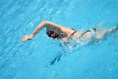 La necesidad de practicar natación todo el año