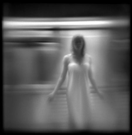 El increíble mundo del subsconciente en Blanco y Negro de Susan Burstine