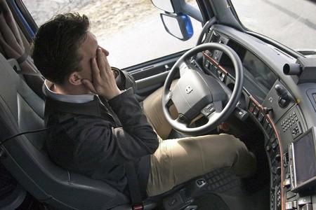 Fatiga y somnolencia en la conducción: cómo combatir estos síntomas que se agravan con el confinamiento