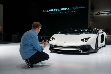 Tim Burton Shmee150 grabando Lamborghini