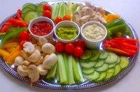 Pon una mesa fresca en verano con fruta y verdura de temporada