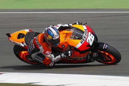 MotoGP Alemania 2012. A río revuelto ganancia de Stoner.