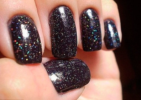 azature manicura con diamantes
