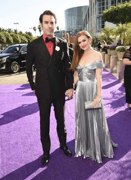 Premios Emmy 2019 Sacha Baron Cohen Y Isla Fisher