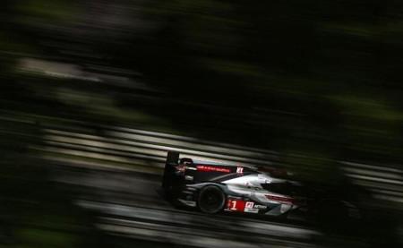 24 horas de Le Mans 2014: Marc Gené lidera la carrera tras los problemas técnicos del Audi número 2