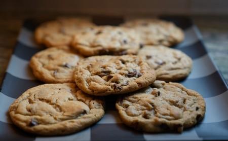 La AEPD dice que no hace falta aceptar las 'cookies' directamente: basta con seguir navegando