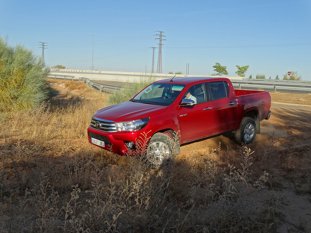 Foto de Probamos el Toyota Hilux en campo, todas las imágenes (16/57)
