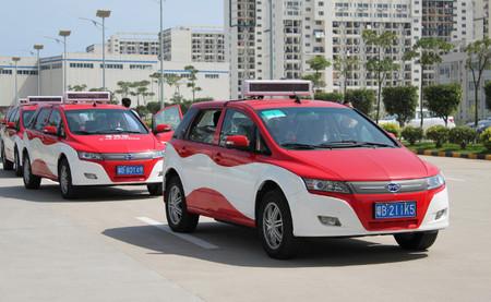 China quiere liderar en 2020 el mercado de los eléctricos