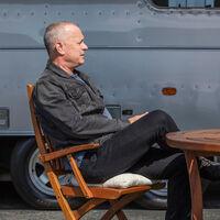 ¡Ojo, coleccionistas! Tom Hanks subasta su caravana Airstream: su hogar mientras rodó 'Forrest Gump' y casi 20 películas