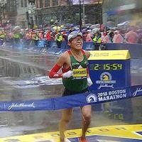 Quién es Yuki Kawauchi: el amateur que ha ganado la Maratón de Boston (y otras 33 maratones antes)