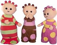 'El jardín de los sueños' muñecos infantiles que dan un poco de miedo