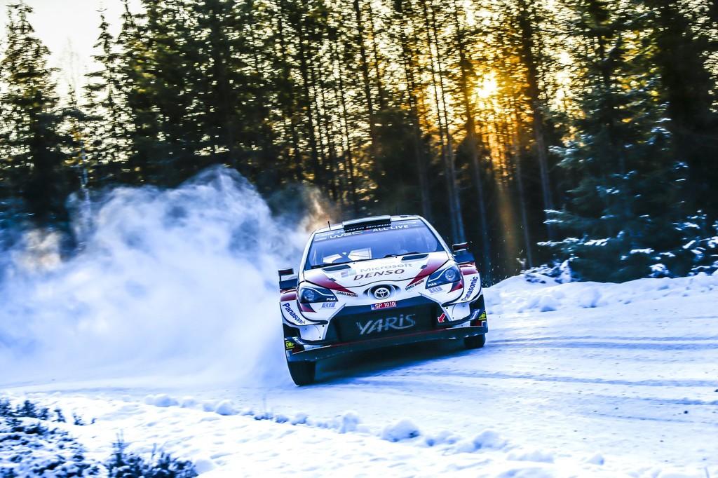 Elfyn Evans dio un vuelco al estatus interno de Toyota y lidera la rebelión de los segundos en el WRC
