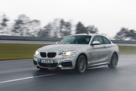 BMW tiene su auto autónomo que hasta derrapa