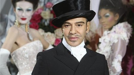 John Galliano despedido de John Galliano