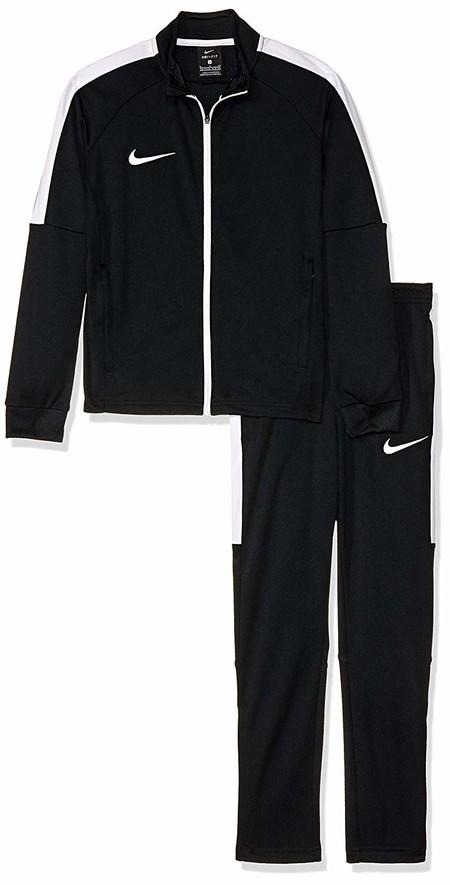 ¿Necesitas un chándal para el peque? el chándal infantil Nike Y Dry ACDMY K está desde 27,84 euros en Amazon