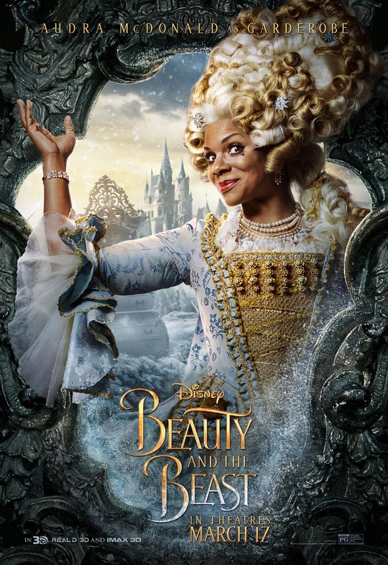 Foto de 'La bella y la bestia', carteles de los protagonistas (10/12)