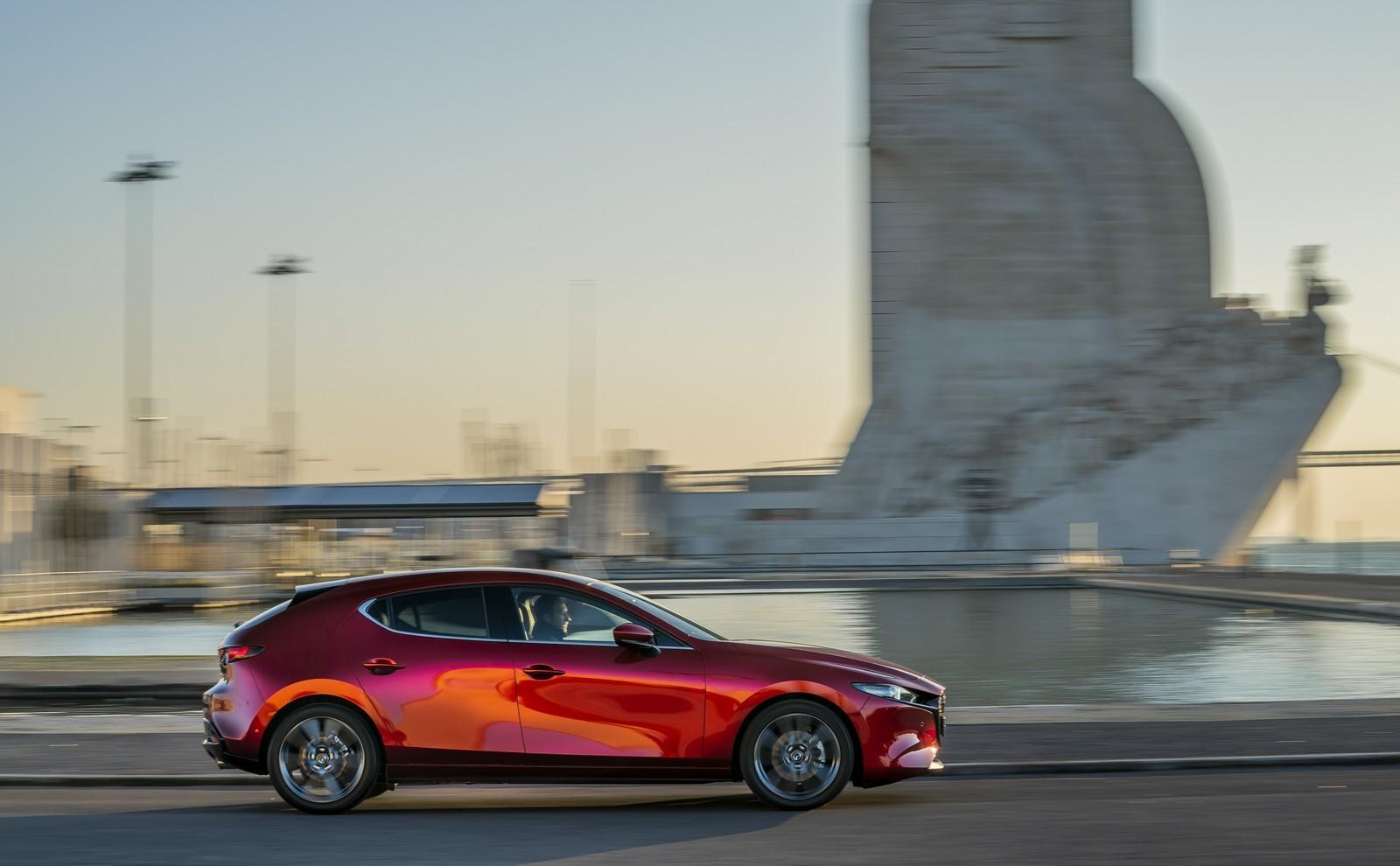 Foto de Mazda3 2019 (71/128)