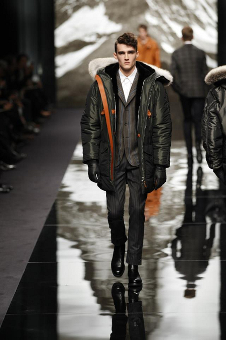 Traje raya Louis Vuitton Otoño 2014