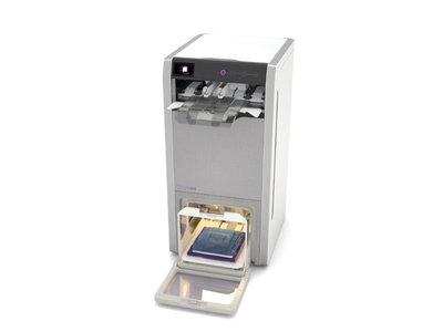 Que una máquina doble la ropa por nosotros nos saldrá por casi 1.000 dólares: FoldiMate verá la luz en 2019