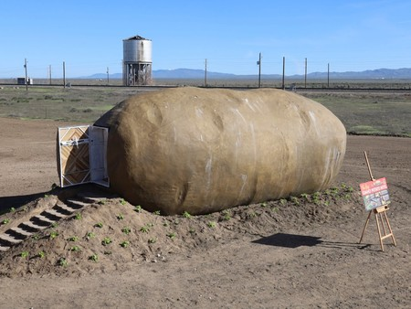 Dormir dentro de una patata, eso sí que es un alojamiento singular