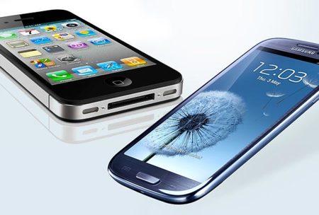 El nuevo Samsung Galaxy SIII y el Apple iPhone 4s