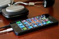 La seguridad de nuestros móviles puede ser vulnerada a través de las «puertas traseras» de los operadores