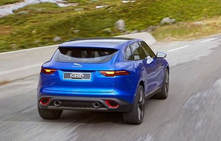 Jaguar C-X17 Sports Crossover Concept 650 2