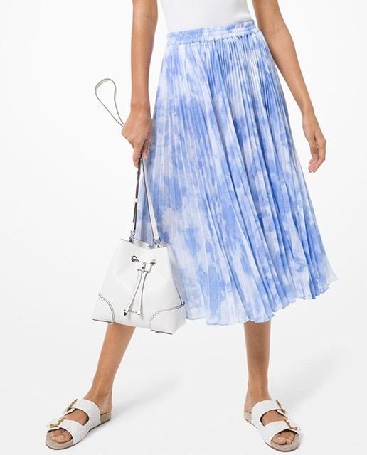 Falda midi plisada de georgette con estampado tie-dye