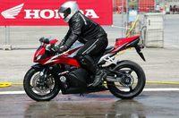 ABS en las Honda deportivas (CBR): probar para creerlo