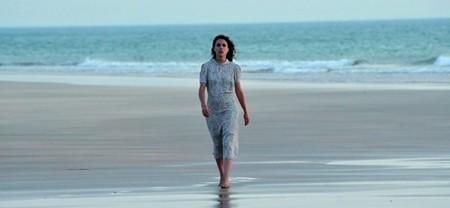 'El tiempo entre costuras' arrolla en su estreno y deja en mínimos a 'La Voz' e 'Isabel'