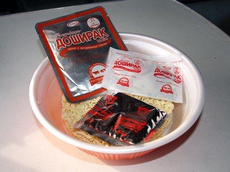Los noodles instantáneos: el comodín alimenticio del viajero low cost