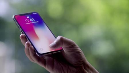 Apple advierte, la pantalla OLED del iPhone X puede sufrir pequeños cambios visuales