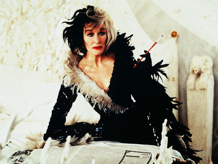 Halloween te ha pillado sin disfraz, ¡no drama! Usa tu vestido negro para hacer estos 7 tan geniales
