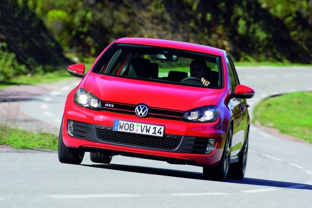 Foto de Volkswagen Golf GTi 2010 (16/38)