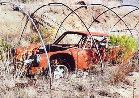 Galería de coches clásicos abandonados (III), esta vez de lujo
