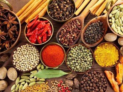 Cuatro especias y condimentos que pueden ayudarte a quemar grasas