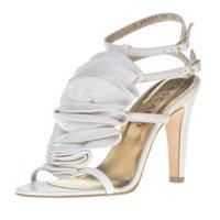 Zapatos de novias diseñados por Jaime Mascaró para Pronovias
