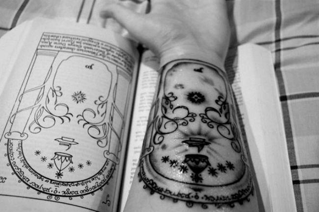 Tatuaje de Tolkien