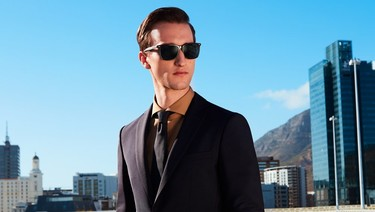 Hugo Boss ficha a otro bloguero para su campaña: ahora Marcel Floruss nos modela gafas de sol