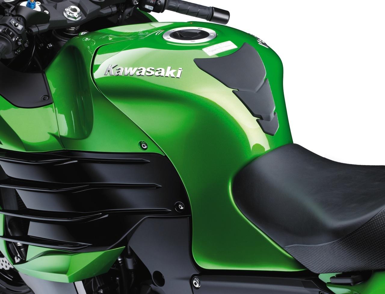 Foto de Nueva Kawasaki ZZR 1400 2012, el Sport Turismo nunca muere (9/15)