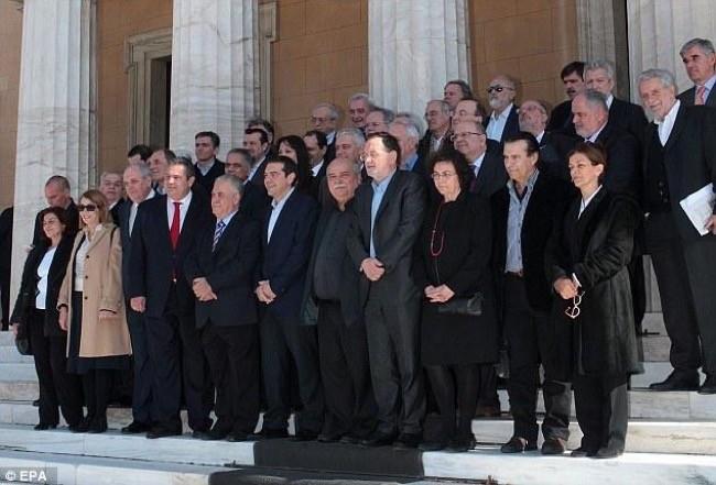 Ministros Grecia Perfil