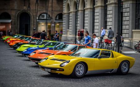 Lamborghini Miura Aniversario 4