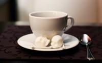¿Quién se atreve con el estilo siniestro para endulzar el café?