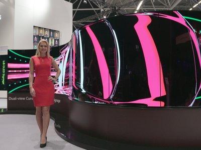 LG muestra sus nuevos paneles OLED flexibles con curvatura ajustable
