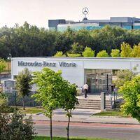La escasez de microchips obliga a Mercedes-Benz Vitoria a parar la producción la semana que viene