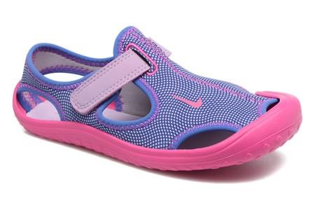 795cc6dc1 Pies frescos y protegidos con estas zapatillas infantiles Nike Sunray  Protect  ahora 25