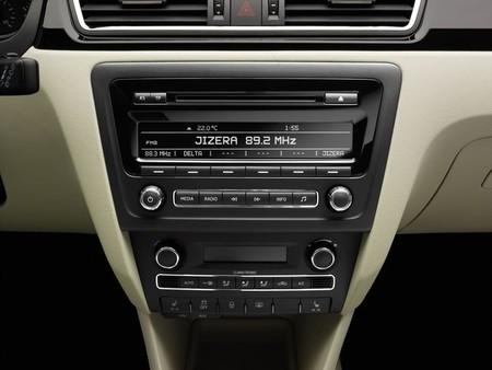 Skoda Rapid radio