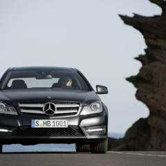 Foto 12 de 41 de la galería mercedes-benz-clase-c-coupe-2011 en Motorpasión