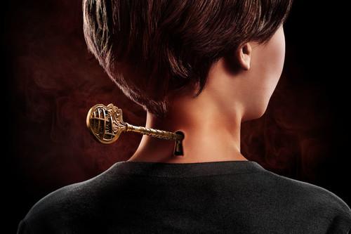 Netflix no acierta con 'Locke & Key': la serie abre muchas puertas pero no está inspirada al cruzarlas
