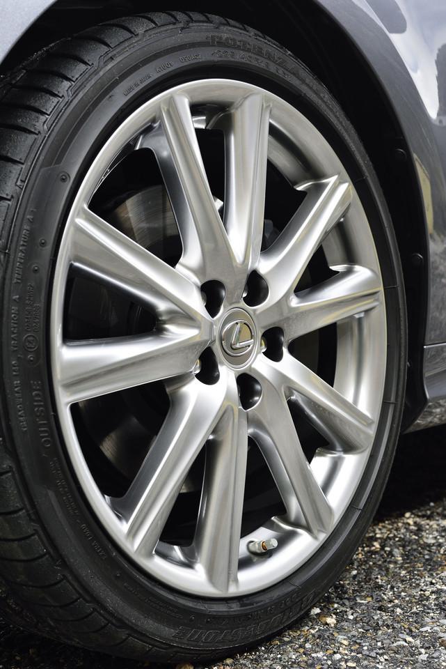 Foto de Lexus GS 300h (80/153)